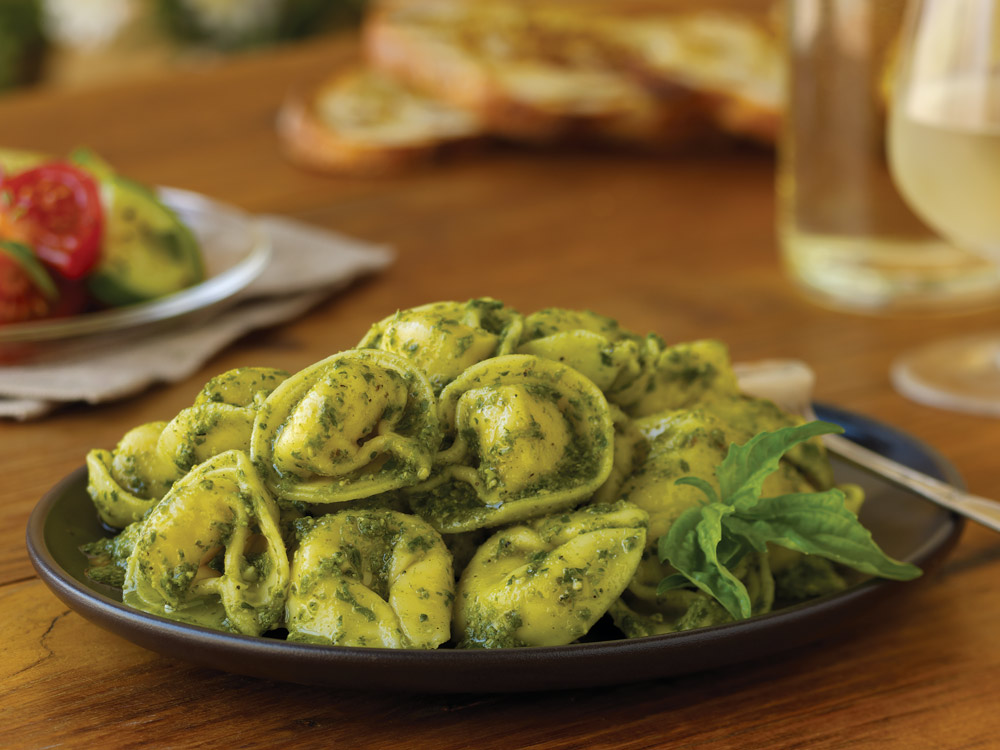 Tortellini Cheese with Pesto Sauce