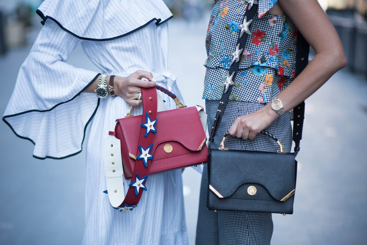 Know How To Buying Of Handbags Online